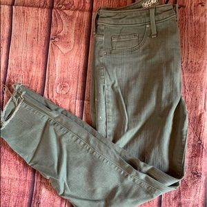 Olive High Rise Jegging Cropped Jeans